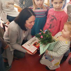 Jutta de Bruin beendet Leitung des Kinderchores und übergibt an Franziska Behrendt